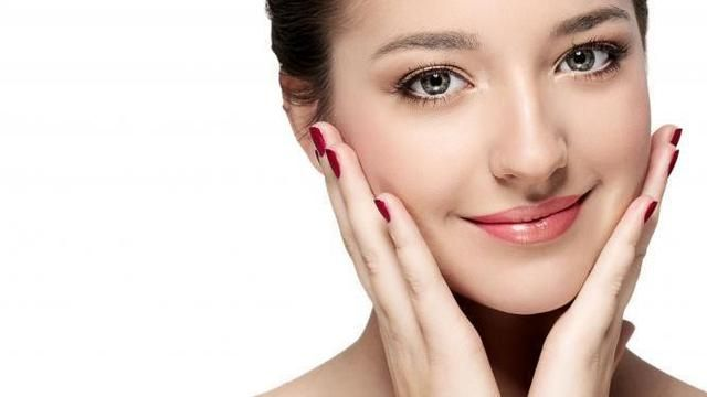 Beautiful and Healthy Skin with Photorejuvenation Therapy