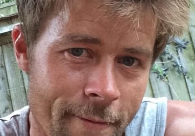 This builder has a lot of fans because he looks like Brad Pitt